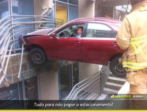 Vale tudo para não pagar o estacionamento!